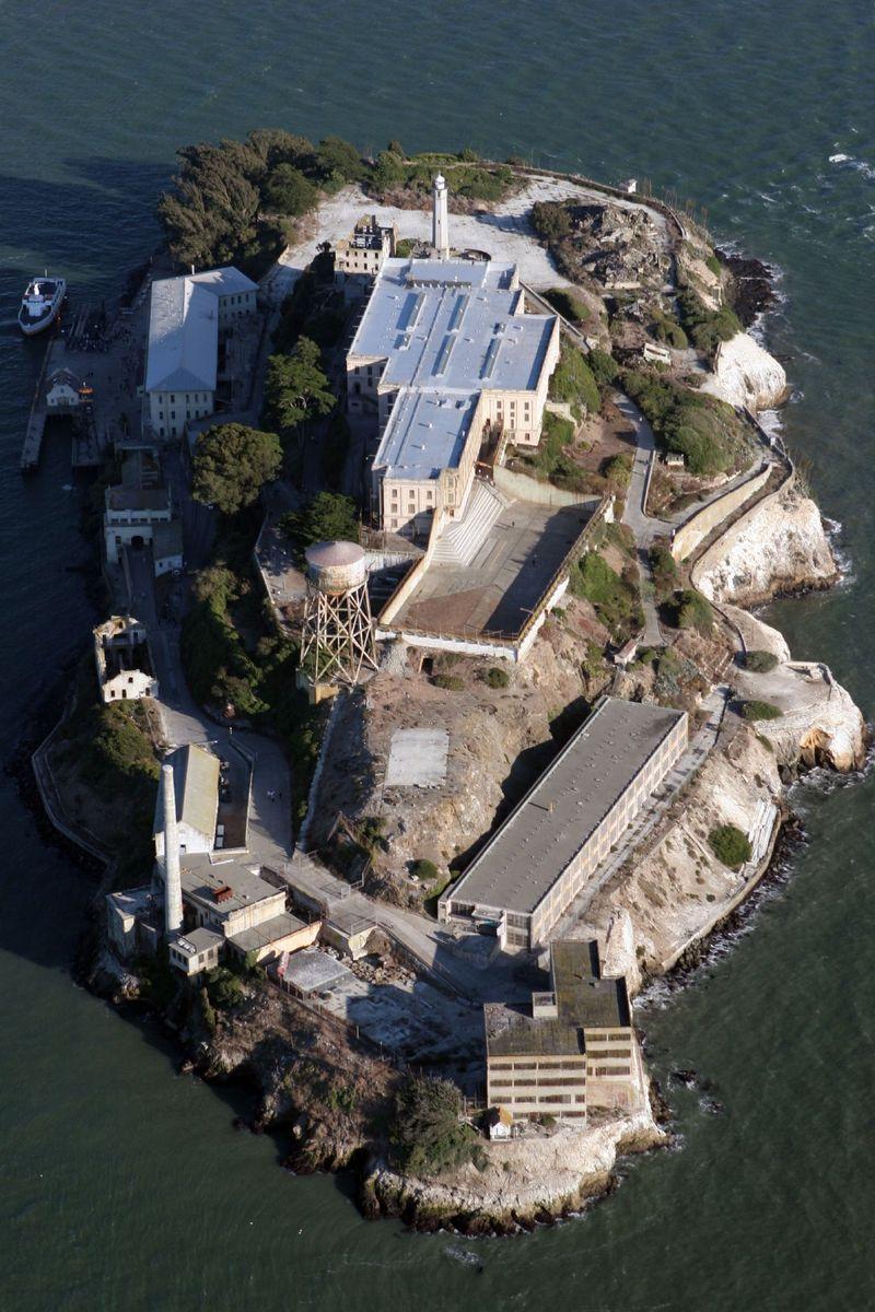 Alcatraz_aerial